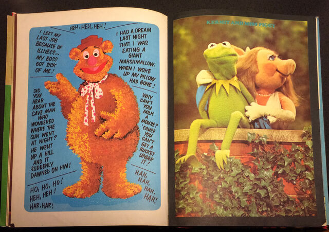 File:The Muppet Show Annual 1977 photos 19.jpg