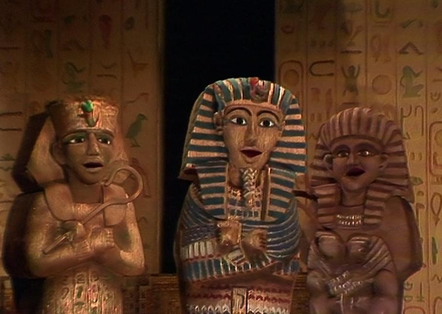 File:Character.sarcophagi.jpg