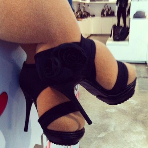 File:Piggy shoes instagram.jpg