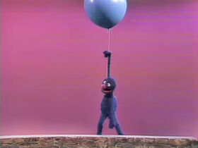 Grover heavylight lifted by balloon
