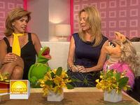 Today-Kermit&MissPiggy-(2008-07-29)