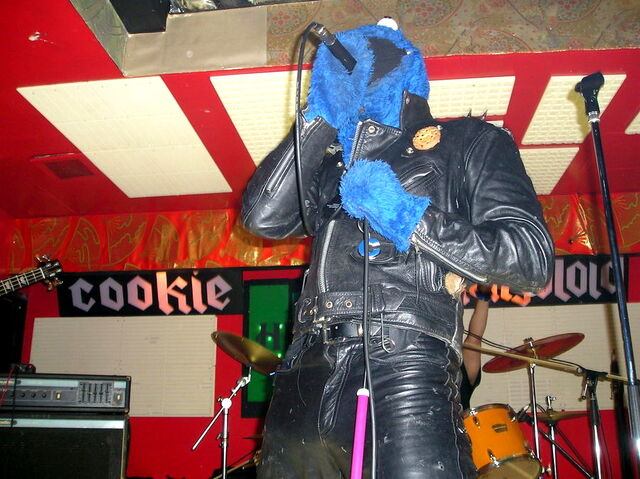 File:Cookie mongoloid performs.jpg