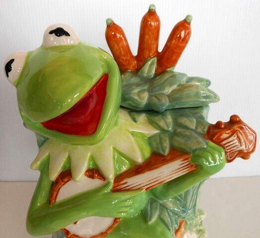 File:Pfaltzgraff treasure craft cookie jar kermit 3.jpg
