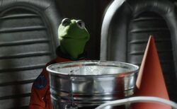 Pigs In Space - Kermit