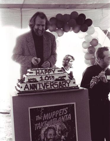 File:Jim Henson The Muppets Take Atlanta.jpg