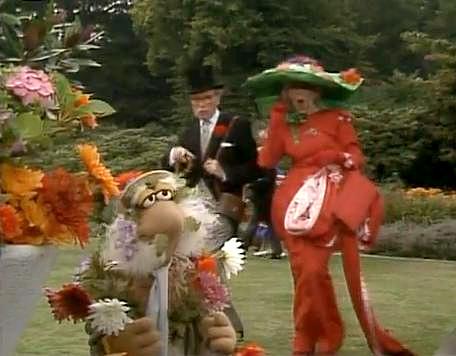 File:Matt garden party.jpg