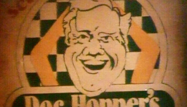 File:Doc Hopper's sign.jpg