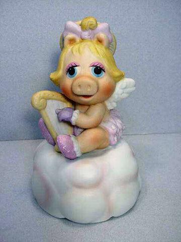 File:EnescoMB-piggy2.jpg