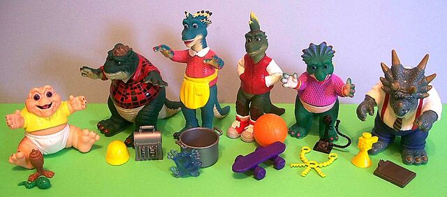 File:Dinosaurs loose with accessories.jpg