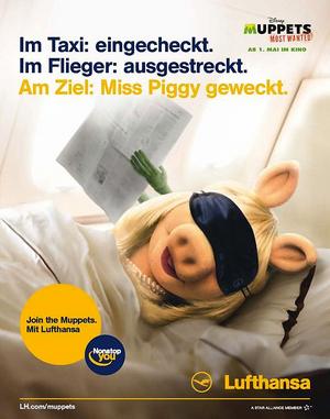 Lufthansa-Ad-MissPiggy&Kermit-GenericNewspaper-(2014)