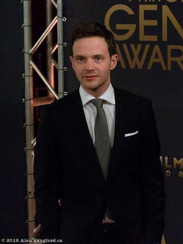 File:Mark O'Brien, Genie Awards 2012.jpg