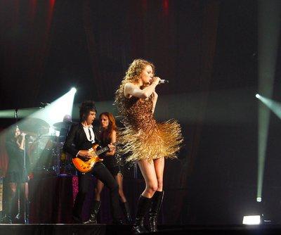 File:Taylor Swift Performs at Osaka, Japan.jpg