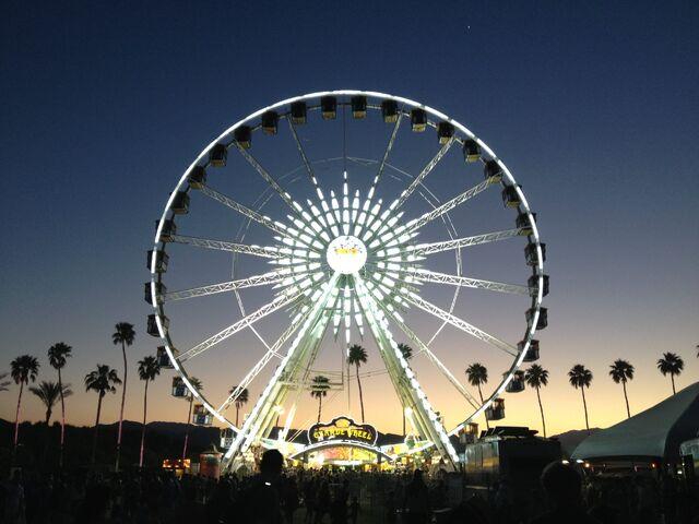 File:Coachella12.jpg