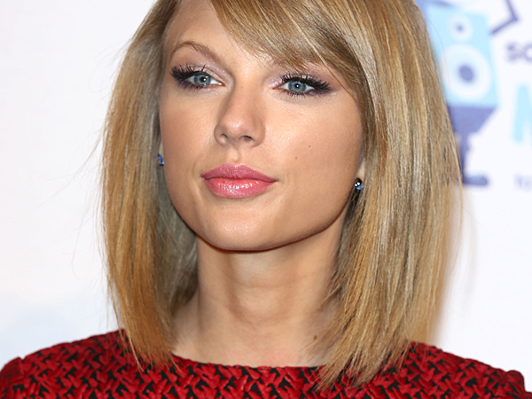 Plik:012715-Taylor-Swift-600.jpg