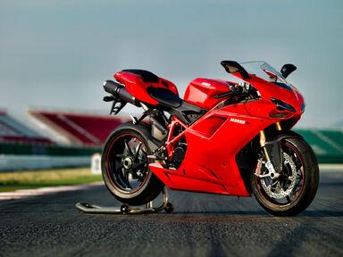 Ducati-1198S 2010 1