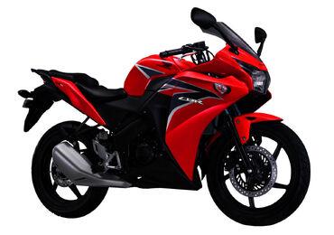CBR150R Red