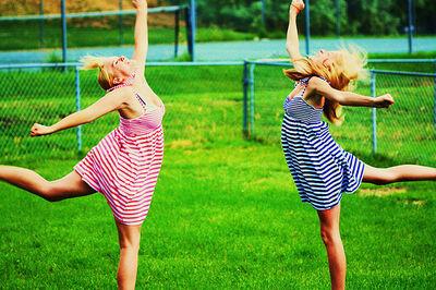 Reese & Hayley Synchronized Crazy Happy Dance!