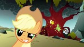 174px-Applejack ready to give hell 2.1412- W