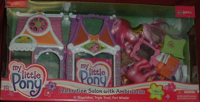 File:CelebrationSalonSealed.jpg