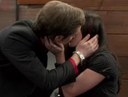 Scentern 2 kiss