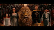 The-Pevensies-and-Aslan-anna-popplewell-1299415-1280-720