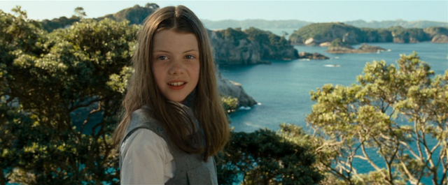 File:Lucycairparavel.png