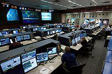 File:220px-ISS Flight Control Room 2006.jpg