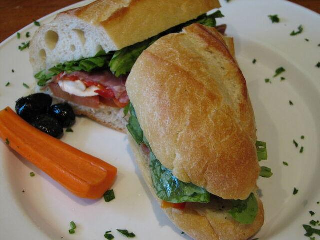 File:Italian Sandwich.jpg