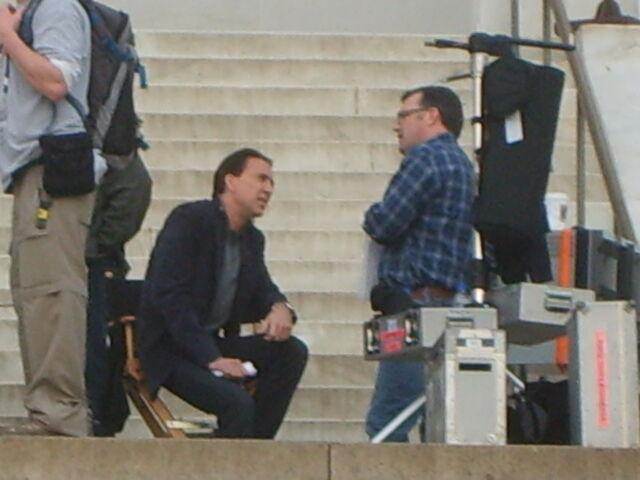 File:Nicholas Cage at Lincoln Memorial.jpg