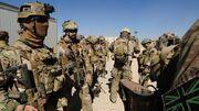 671390-australian-soldiers