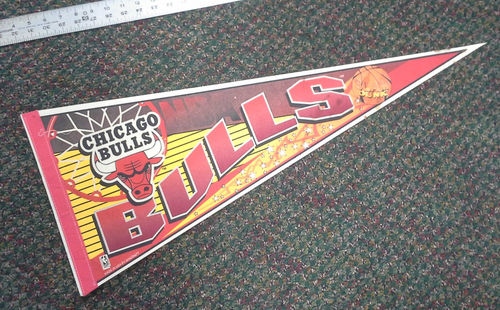 File:1996 Chicago Bulls Wincraft Pennant.jpg