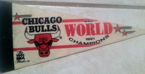 File:1991 Chicago Bulls World Champs Mini Pennant.jpg