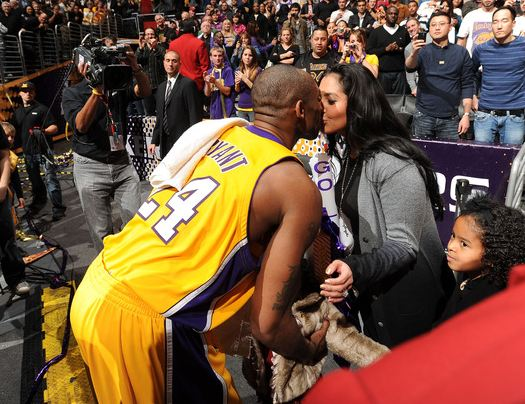 File:Kobe Bryant kisses his wife Vanessa Bryant following a Lakers win at Staples Center-1-.JPG