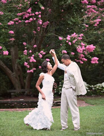 File:Stephen curry girlfriend ayesha alexander wedding dress 5360 5.jpg
