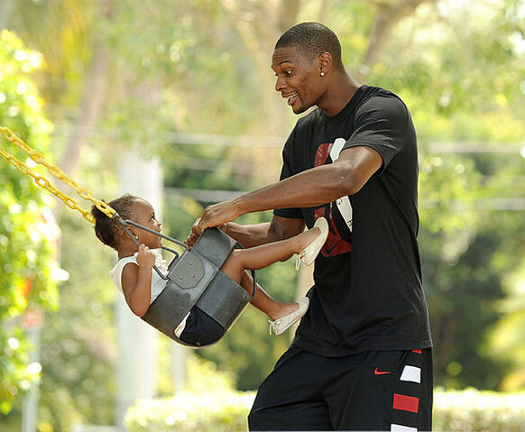 File:Chris-Bosh-daughter-Trinity.jpeg