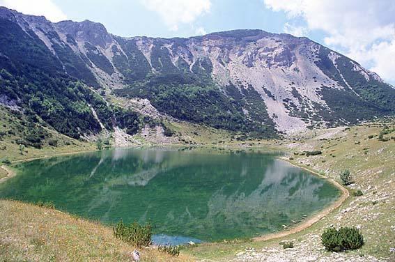 File:2559 satorsko jezero.jpg