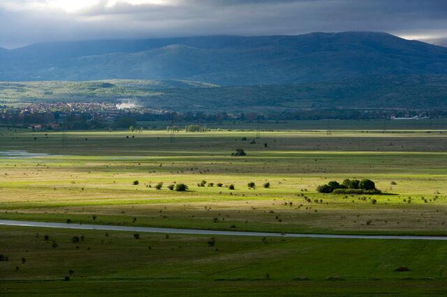 File:Livno i Livanjsko polje - big-mid-pic1.jpg