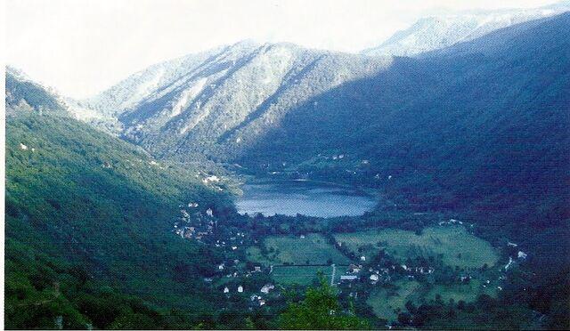 File:Boracko jezero.jpg
