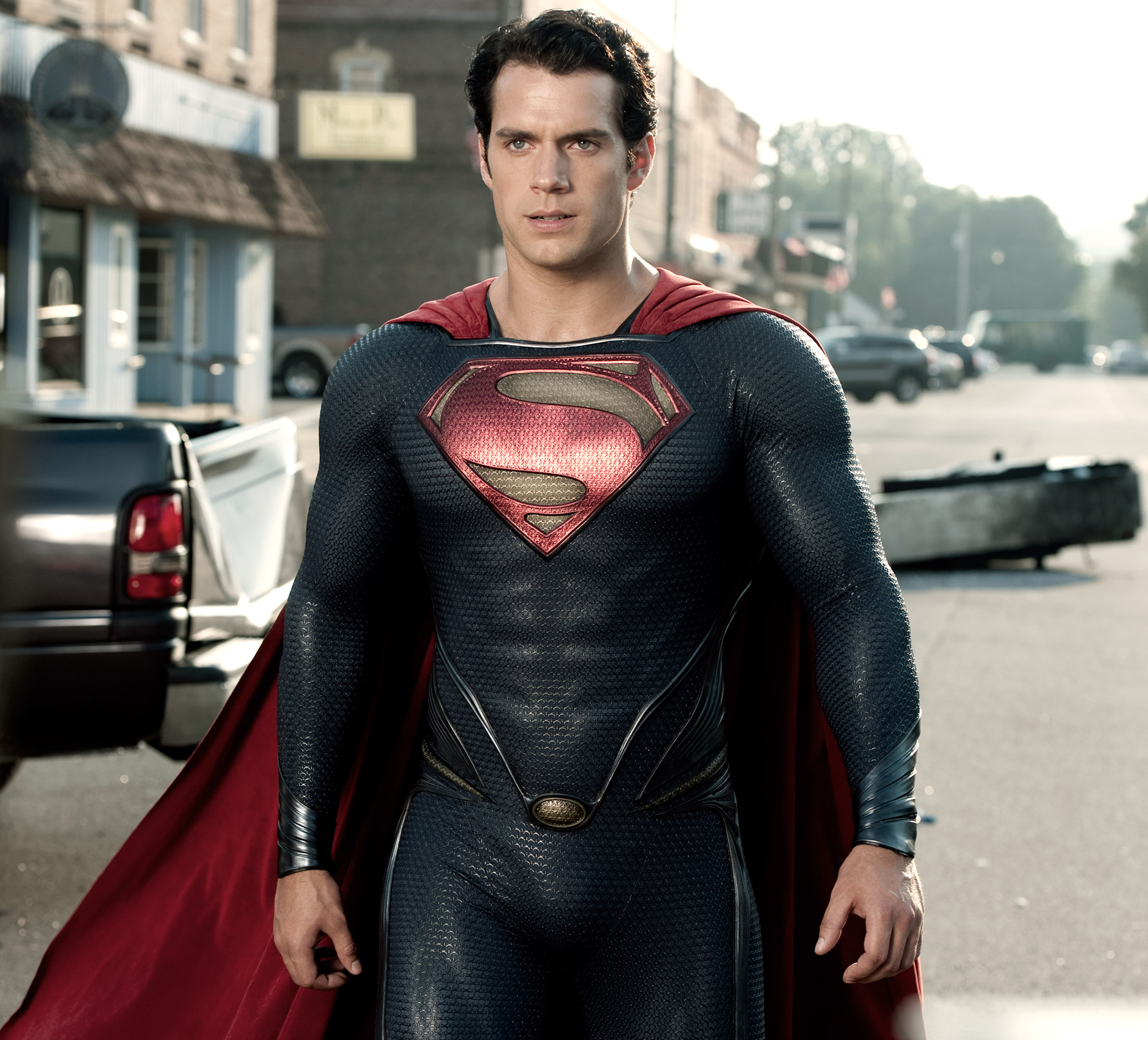 http://vignette3.wikia.nocookie.net/newdcmovieuniverse/images/5/55/Man-of-Steel-Superman-Suit.jpg/revision/latest?cb=20141214043433