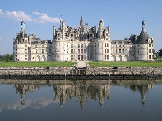 Файл:800px-France Loir-et-Cher Chambord Chateau 03.jpg