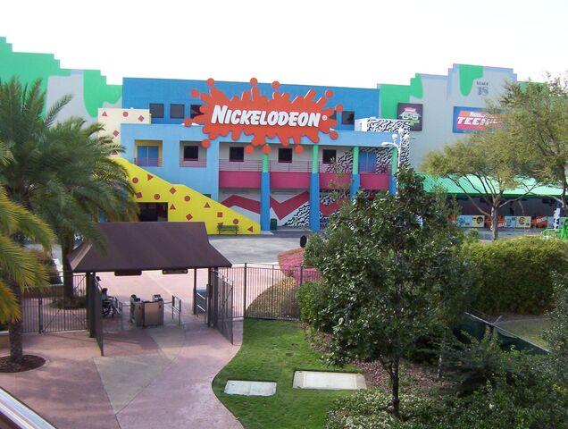 File:794px-Nickelodeon Studios in Hard Rock Cafe.jpg