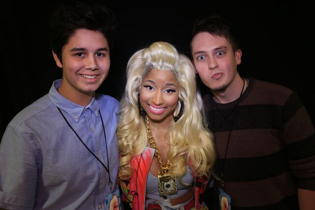 File:MeetAndGreet Melbourne Nicki Barbz2.jpg