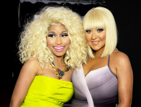 File:Nicki-minaj-christina-aguilera-american-music-awards-hair-1.jpg