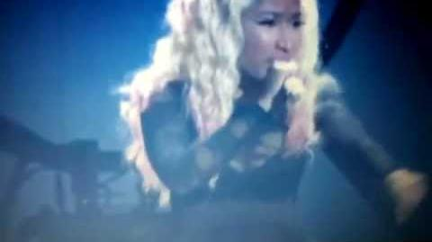 Nicki Minaj-Champion Beez n the trap BET AWARDS PERFORMANCE