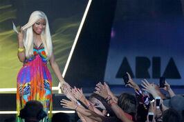 Nicki-minaj-2012-aria-awards-australia