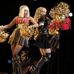 <i>Nicki with Madonna at Super Bowl 2012</i>