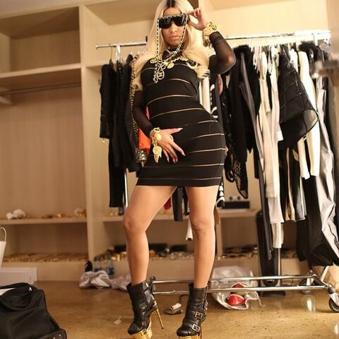 File:Nicki espn candid 2.jpg
