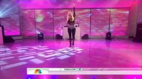 "Nicki Minaj on TODAY Show - Performs ""Starships"" & ""Right By My SIde"""