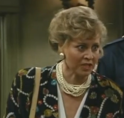 File:Barbara Brownell Billy's Mom.png