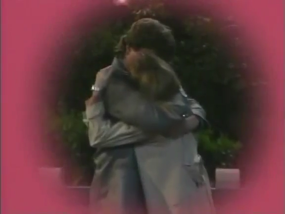 File:Ep 9x1 - Harry and Christine kiss.png